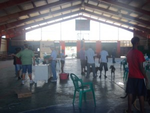 Volunteer vets in Corozal Belize